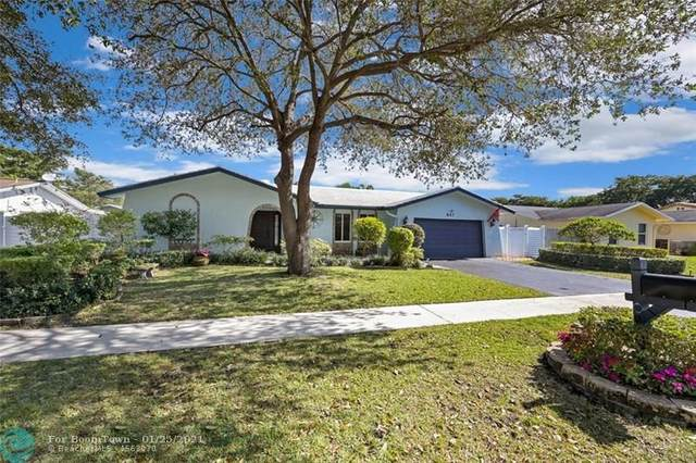 847 NW 76th Terr, Plantation, FL 33324 (MLS #F10267376) :: The Howland Group