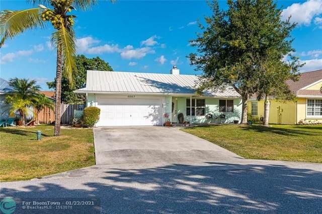 6067 Dania St, Jupiter, FL 33458 (MLS #F10267859) :: Berkshire Hathaway HomeServices EWM Realty