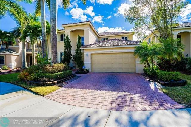 868 Sunflower Cir, Weston, FL 33327 (MLS #F10268099) :: The Howland Group