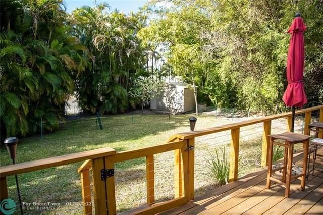 11166 Griffing Blvd, Biscayne Park, FL 33161 (MLS #F10268160) :: Castelli Real Estate Services