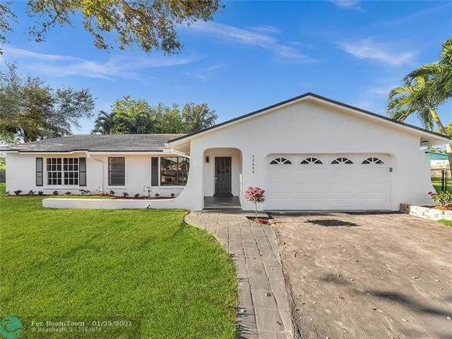 12640 SW 13th Mnr, Davie, FL 33325 (MLS #F10268223) :: Green Realty Properties