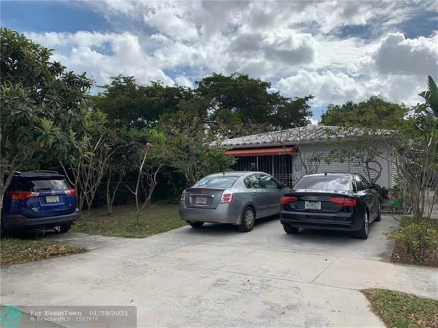 1626 Rodman St, Hollywood, FL 33020 (MLS #F10268752) :: The Paiz Group
