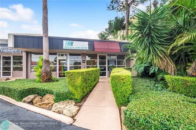 2500 NE 15th Ave, Wilton Manors, FL 33305 (MLS #F10269012) :: Berkshire Hathaway HomeServices EWM Realty