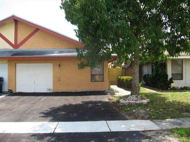 7406 SW 12th Ct, North Lauderdale, FL 33068 (MLS #F10269703) :: The Paiz Group