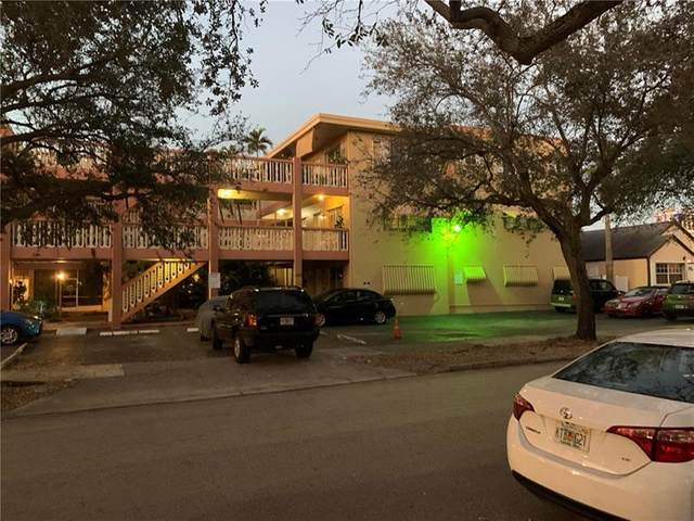 1943 Monroe St #109, Hollywood, FL 33020 (MLS #F10270069) :: Green Realty Properties