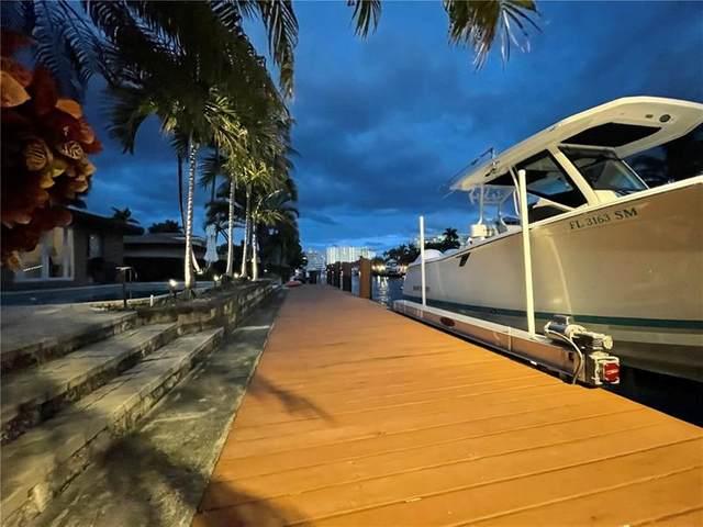 2662 NE 4th St, Pompano Beach, FL 33062 (MLS #F10270089) :: Laurie Finkelstein Reader Team