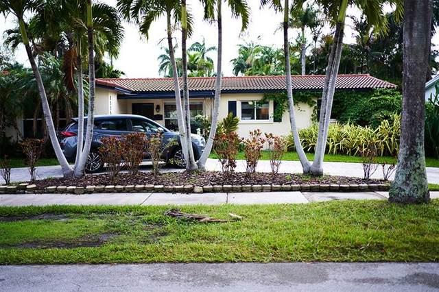 1115 N 13th Ter, Hollywood, FL 33019 (#F10270495) :: Michael Kaufman Real Estate