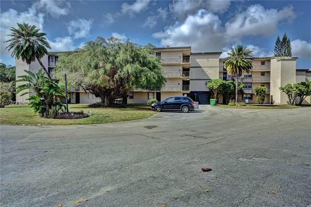 5275 NW 10th Ct #206, Plantation, FL 33313 (MLS #F10270990) :: Berkshire Hathaway HomeServices EWM Realty