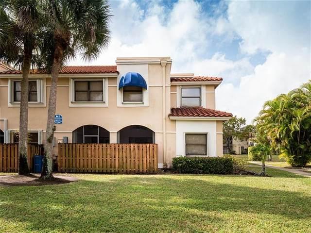 567 Racquet Club Rd, Weston, FL 33326 (MLS #F10271094) :: Green Realty Properties