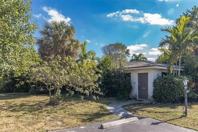 2718 NE 29th Ave, Lighthouse Point, FL 33064 (#F10271927) :: Posh Properties