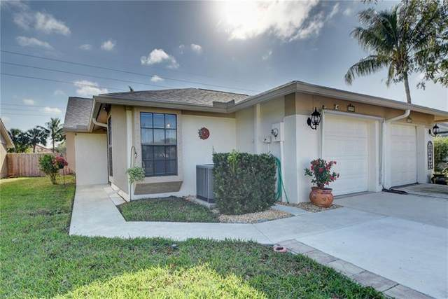 7898 Aztec Ct #7898, Lake Worth, FL 33463 (#F10272171) :: Realty One Group ENGAGE