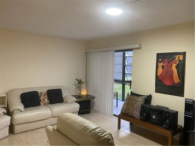 9992 N Belfort Cir #110, Tamarac, FL 33321 (MLS #F10272714) :: Green Realty Properties