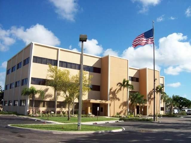 7777 Davie Rd Ext, Davie, FL 33024 (MLS #F10272837) :: Castelli Real Estate Services