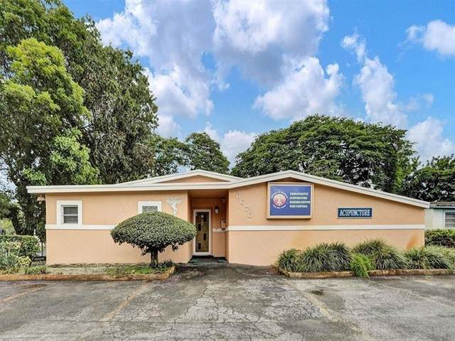 6670 Taft St, Hollywood, FL 33024 (MLS #F10272909) :: Castelli Real Estate Services