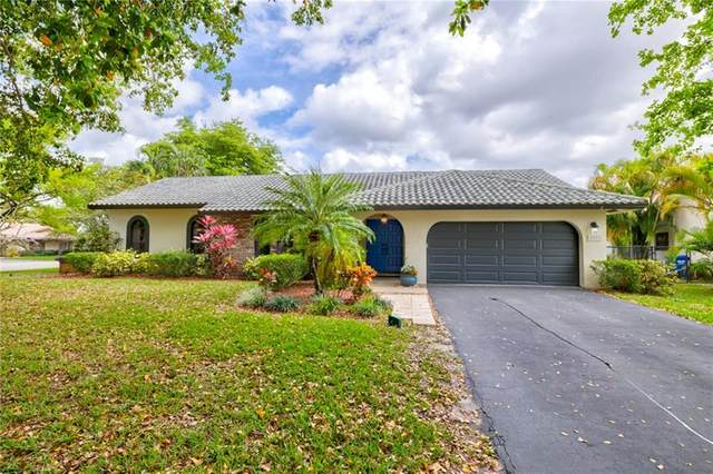 2591 NW 87th Dr, Coral Springs, FL 33065 (MLS #F10273441) :: Castelli Real Estate Services