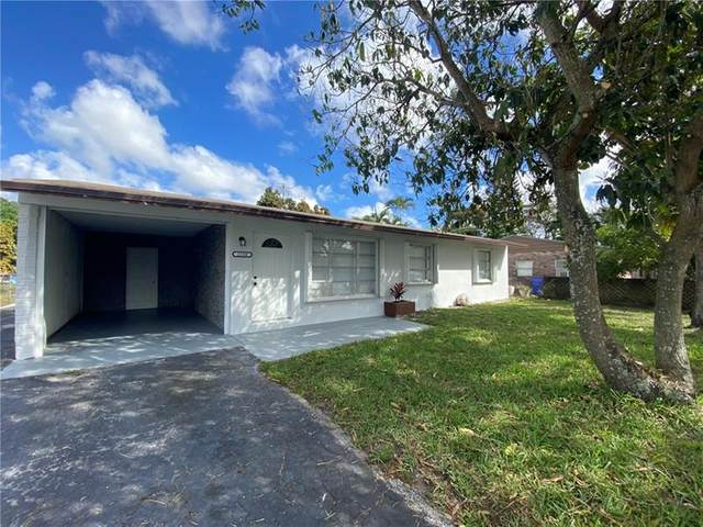 2250 SW 43rd Ave, Fort Lauderdale, FL 33317 (MLS #F10273508) :: Berkshire Hathaway HomeServices EWM Realty