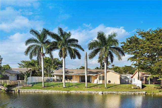 9120 NW 14th St, Plantation, FL 33322 (MLS #F10273630) :: Laurie Finkelstein Reader Team