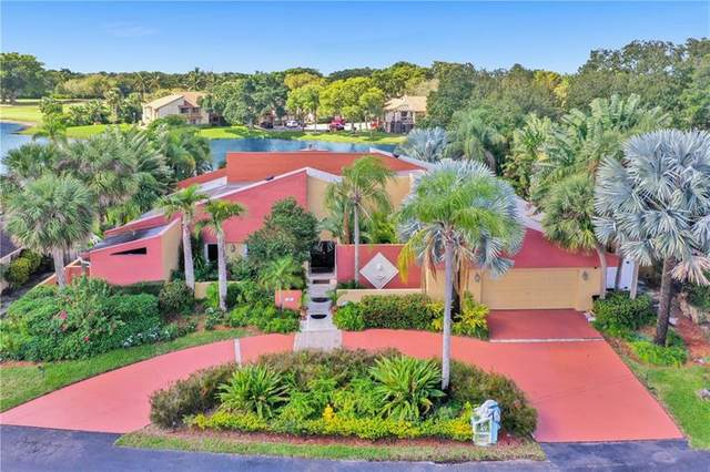 349 Jacaranda Dr, Plantation, FL 33324 (MLS #F10273962) :: GK Realty Group LLC