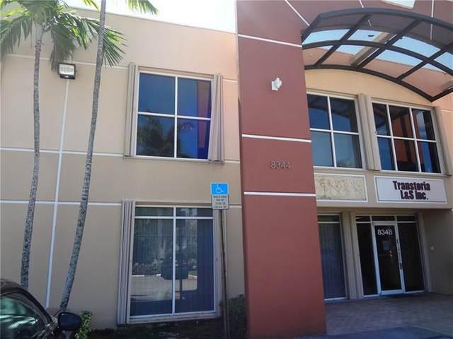 8344 NW 30th Ter, Doral, FL 33122 (MLS #F10274188) :: Berkshire Hathaway HomeServices EWM Realty