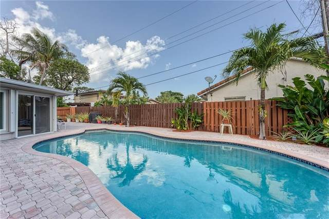 570 SE 2nd Terrace, Pompano Beach, FL 33060 (MLS #F10275081) :: The Jack Coden Group