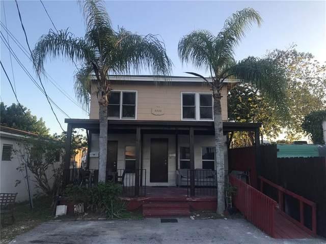 2226 Hayes St, Hollywood, FL 33020 (MLS #F10275716) :: Berkshire Hathaway HomeServices EWM Realty
