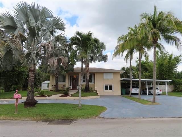 6920 SW 57th St, Davie, FL 33314 (MLS #F10276398) :: The Paiz Group