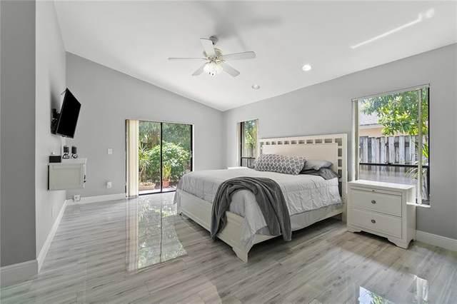 5230 NW 73rd Ter, Lauderhill, FL 33319 (MLS #F10277034) :: Berkshire Hathaway HomeServices EWM Realty