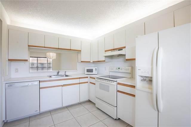 650 SW 124th Ter 403P, Pembroke Pines, FL 33027 (MLS #F10277163) :: Castelli Real Estate Services
