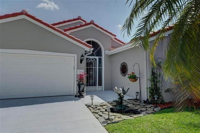 3194 SE Brierwood Pl, Stuart, FL 34997 (MLS #F10277242) :: The Paiz Group
