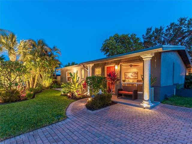 316 NW 28th Court, Wilton Manors, FL 33311 (MLS #F10277305) :: The Jack Coden Group