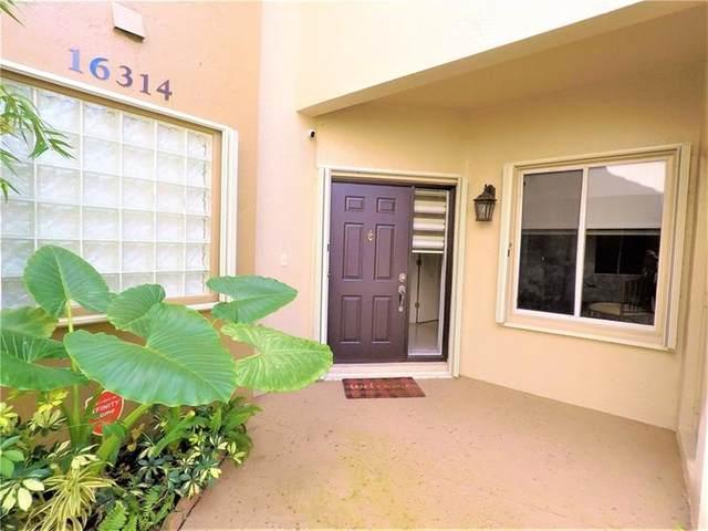 16314 Malibu Dr #7, Weston, FL 33326 (MLS #F10277356) :: The Howland Group