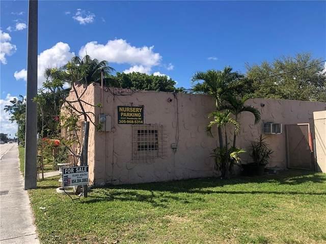 5337-5401 Pembroke Rd, Hollywood, FL 33021 (#F10277840) :: Posh Properties