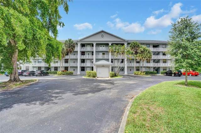 1508 Whitehall Dr #303, Davie, FL 33324 (MLS #F10278456) :: The Howland Group