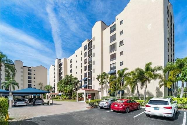 7582 Regency Lake Dr #602, Boca Raton, FL 33433 (MLS #F10278884) :: The Howland Group