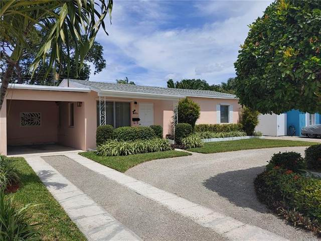811 SW 26th Ct, Fort Lauderdale, FL 33315 (MLS #F10279129) :: The Howland Group