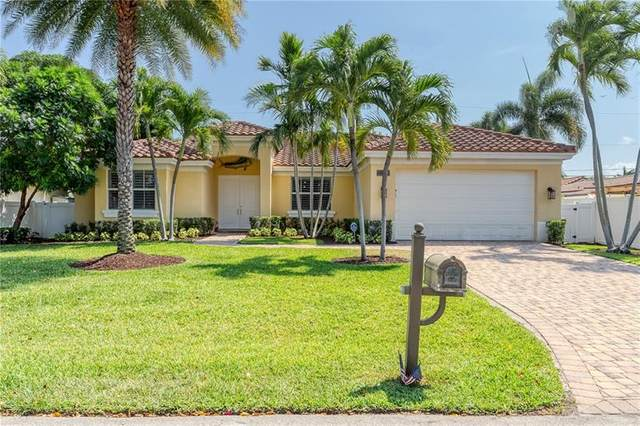 2110 NE 31st St, Lighthouse Point, FL 33064 (MLS #F10279139) :: Castelli Real Estate Services