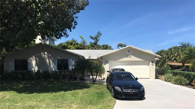 2615 NE 30th St, Fort Lauderdale, FL 33306 (MLS #F10279350) :: Berkshire Hathaway HomeServices EWM Realty