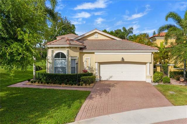 5700 NW 122nd Ter, Coral Springs, FL 33076 (MLS #F10279692) :: The Paiz Group