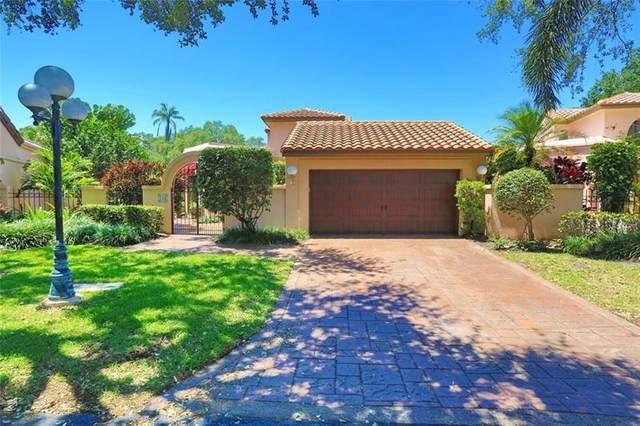 745 Deer Creek Via Genova, Deerfield Beach, FL 33442 (#F10279774) :: Posh Properties