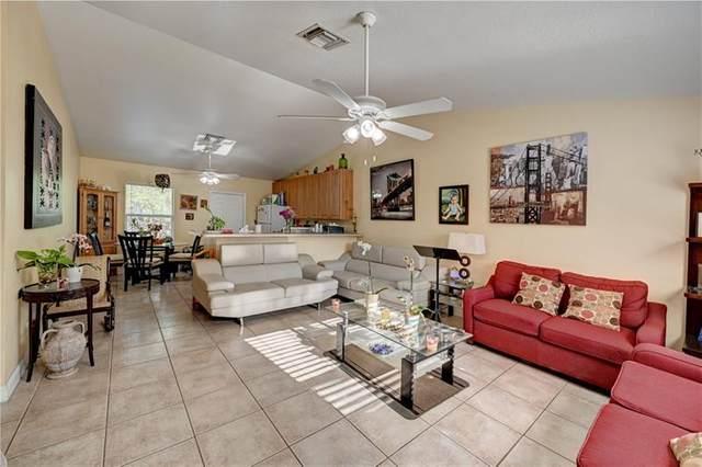4720 Poinsetta Ln, Lake Worth, FL 33461 (MLS #F10279801) :: Berkshire Hathaway HomeServices EWM Realty