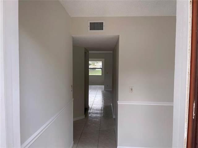 811 Freedom Ct #811, Deerfield Beach, FL 33442 (#F10280122) :: Posh Properties
