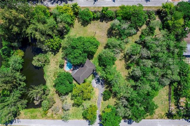 6900 NW 84th Ave, Parkland, FL 33067 (MLS #F10280314) :: Patty Accorto Team