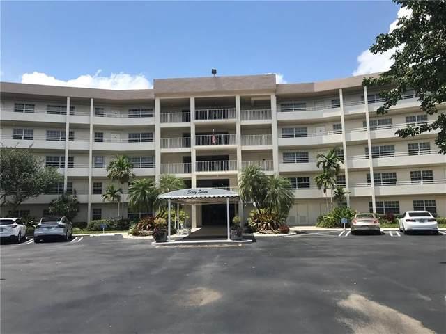 555 Oaks Ln #302, Pompano Beach, FL 33069 (#F10280387) :: The Rizzuto Woodman Team