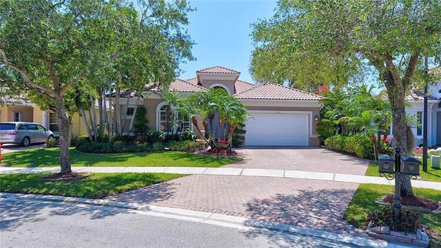 11568 NW 73rd Mnr, Parkland, FL 33076 (MLS #F10280552) :: United Realty Group