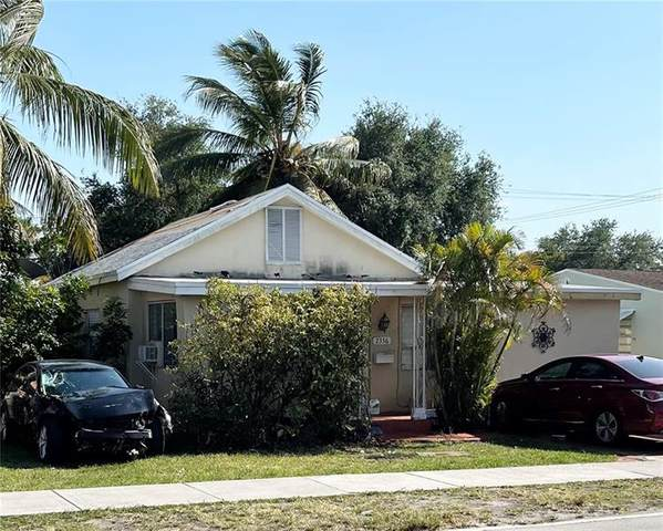 2336 Taft St, Hollywood, FL 33020 (MLS #F10280669) :: THE BANNON GROUP at RE/MAX CONSULTANTS REALTY I