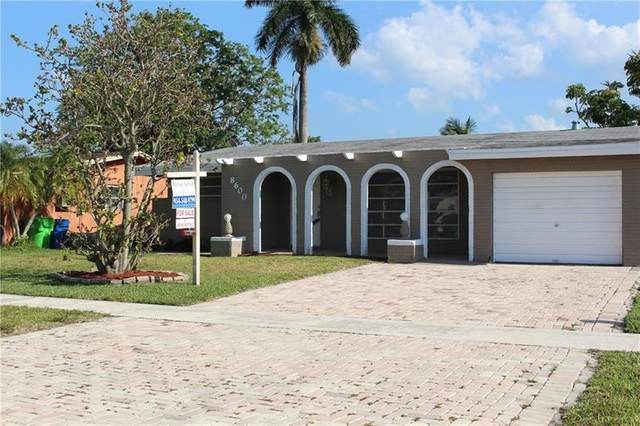 8600 NW 27th Pl, Sunrise, FL 33322 (MLS #F10280716) :: The Paiz Group
