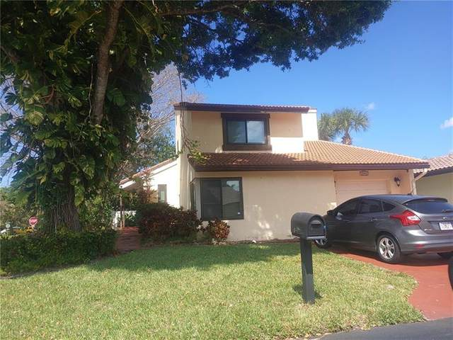 Lake Worth, FL 33462 :: Signature International Real Estate