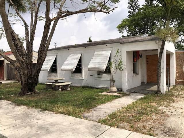 4109 SW 14th St, Fort Lauderdale, FL 33317 (MLS #F10281005) :: The DJ & Lindsey Team