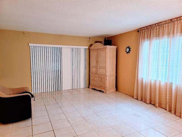 8120 SW 24th St #115, North Lauderdale, FL 33068 (#F10281027) :: Signature International Real Estate