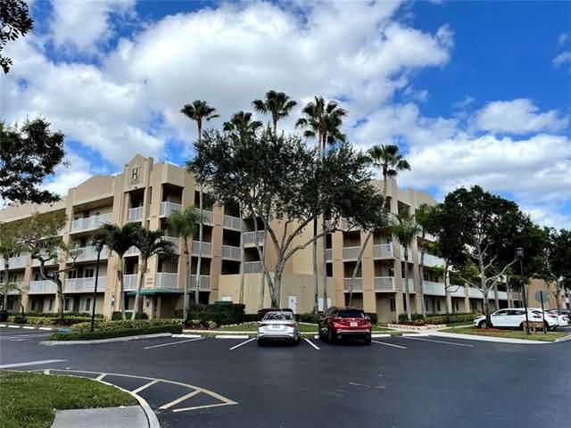 9525 Weldon Cir H-212, Tamarac, FL 33321 (MLS #F10281722) :: Castelli Real Estate Services
